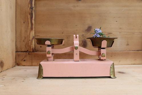 Pink Vintage Kitchen Scales