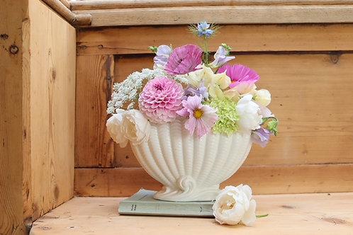 Sylvac Shell Mantle Vase (Falcon Ware)