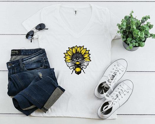 Bee Sunflower | Women's Slim V-Neck T-shirt