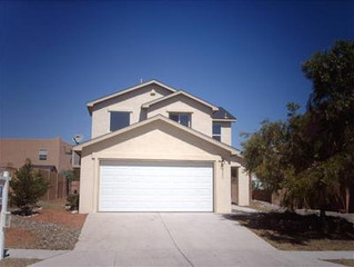 I buy houses in NW Albuquerque