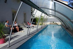 chambre d'hoteleclosdutheron-piscine ave
