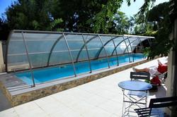 terrasse et piscine du Clos du Théron, chambre d'hôtes à Cournonterral, Hérault
