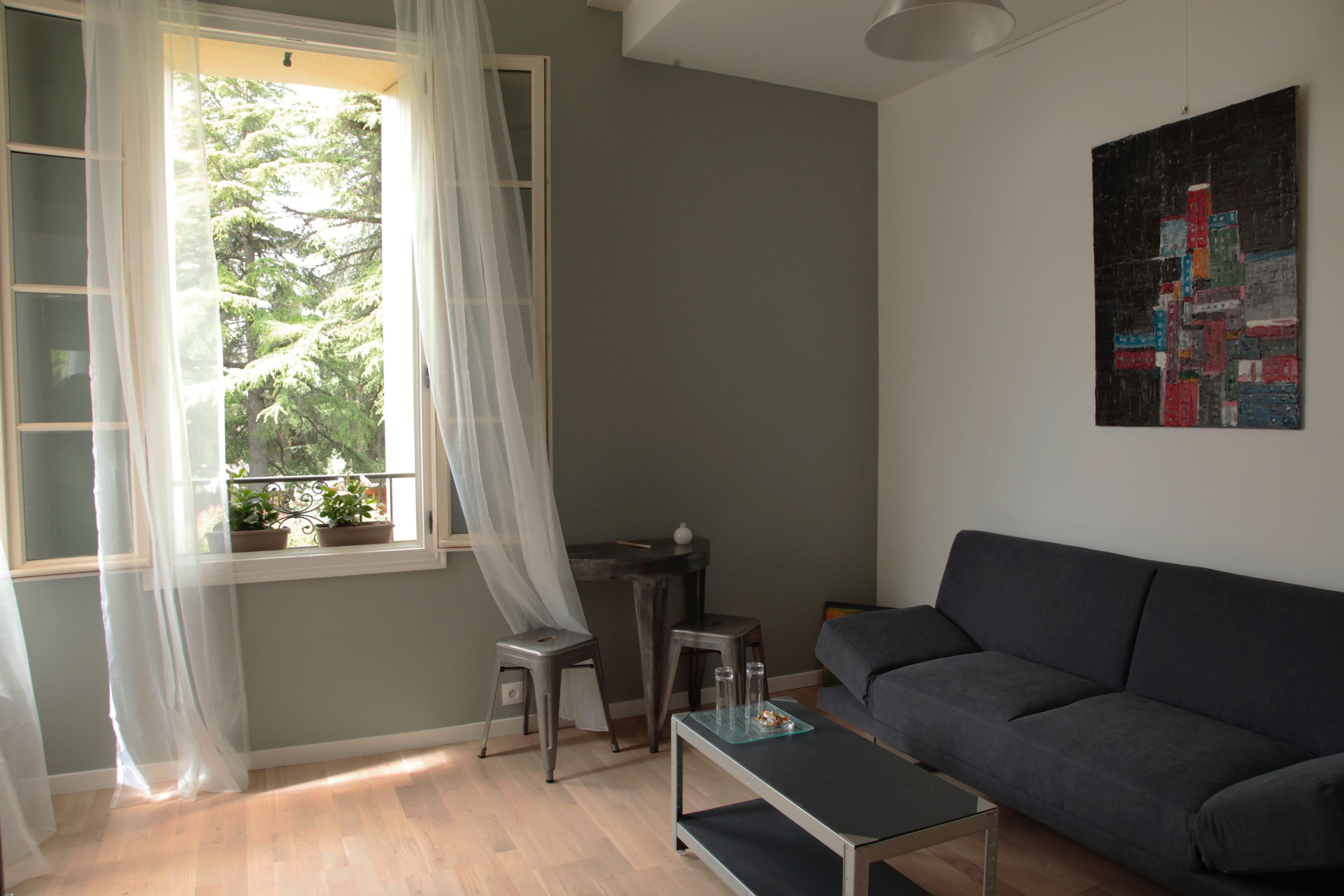 Mezzanine - Vue jardin et salon