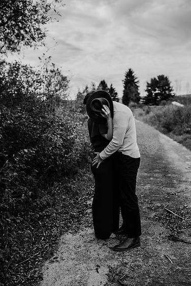 #dearbelovedphotography, #Be_Loved, Altoona, Pennsylvania Photographer, Central PA Photographer, Emotive, Storyteller, Unposed, Lifestyle, Connection, Natural LIght Photography