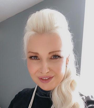 Lana Smith