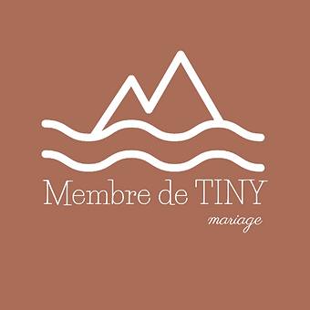 membre de tiny-logo blanc-old pink.PNG