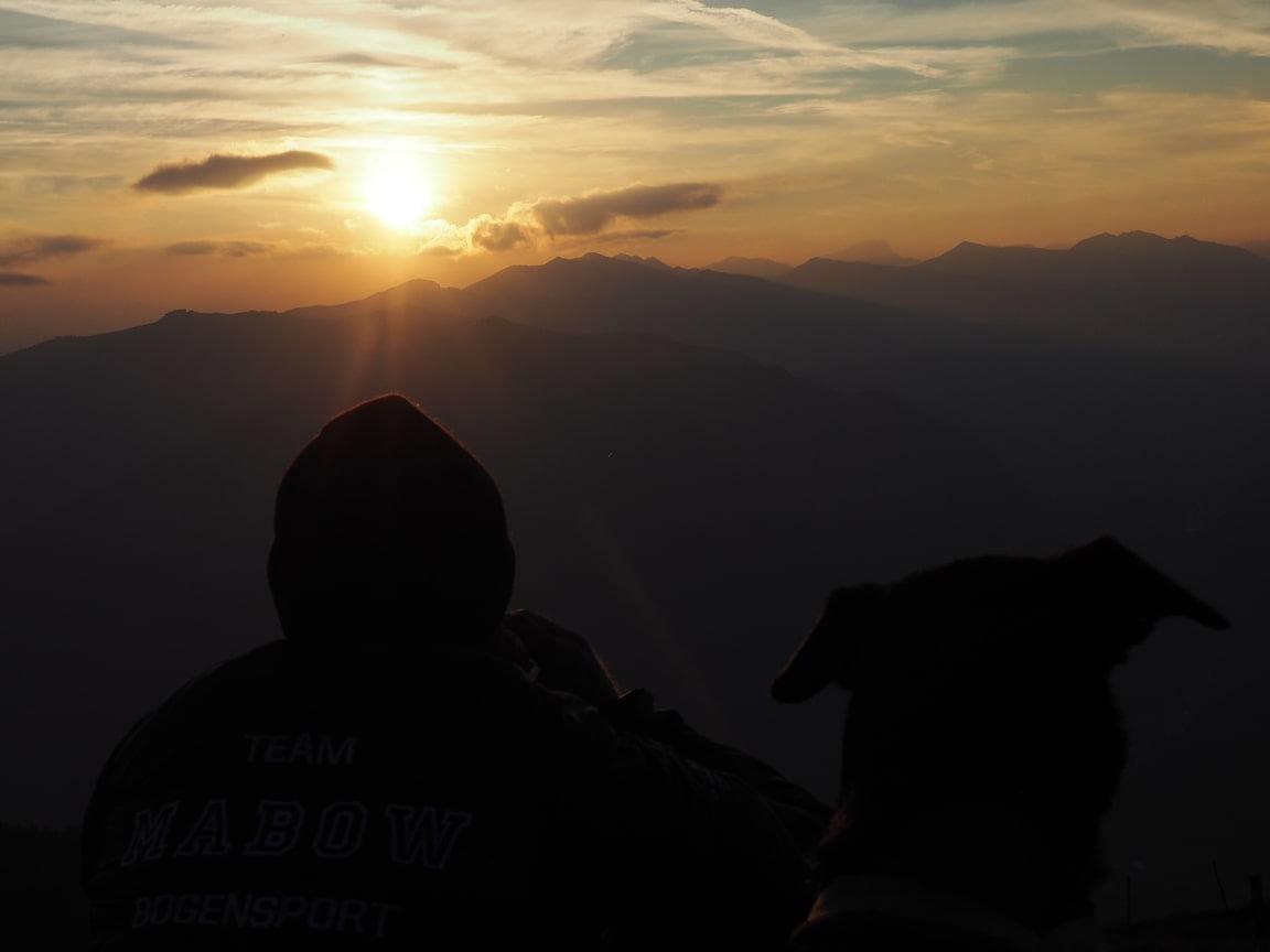 Sonnenaufgang & Alm/Sunrise & Alm