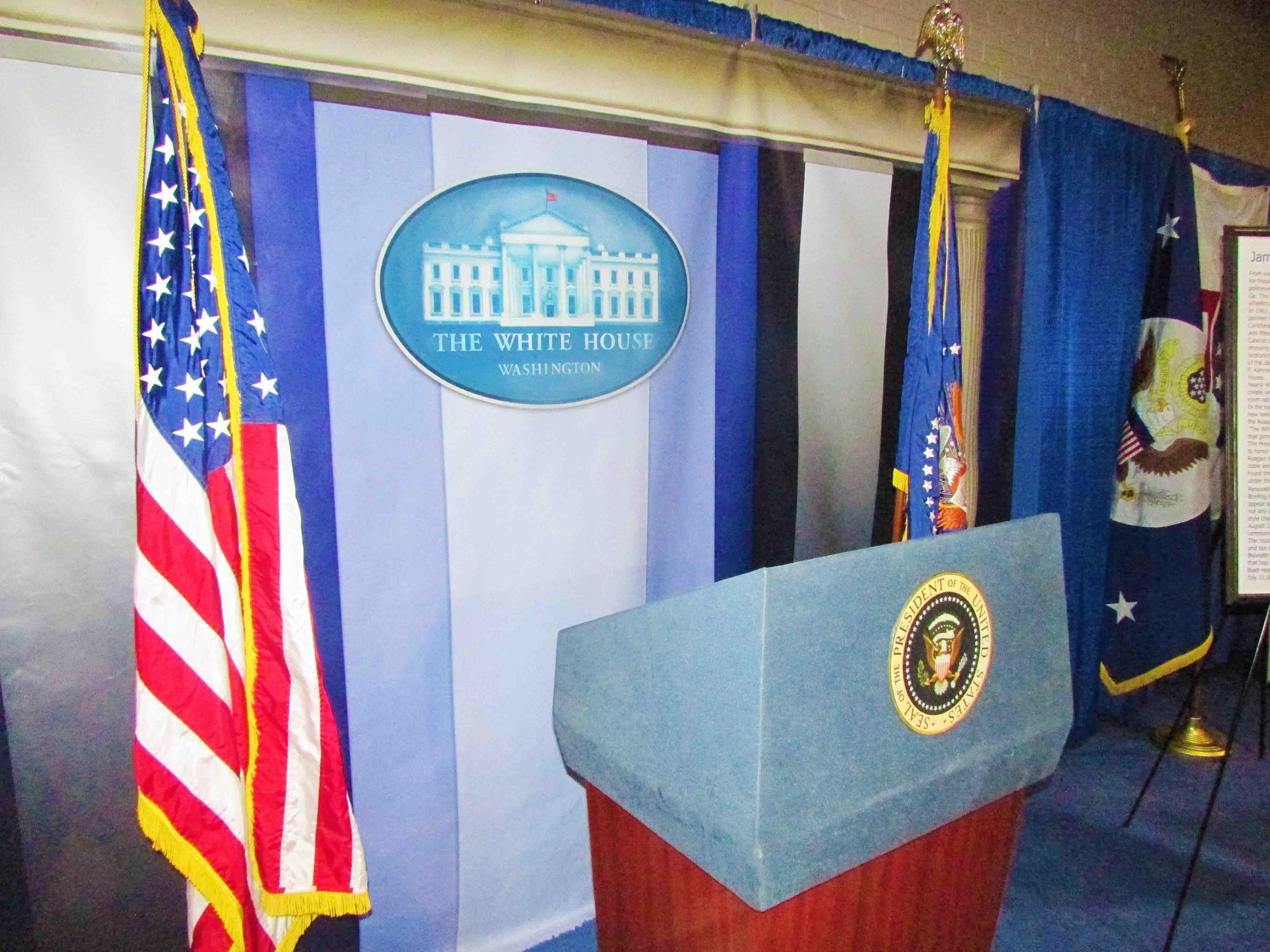 Presidents Podium at Whitehouse