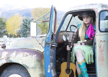 Mikki in old pickup