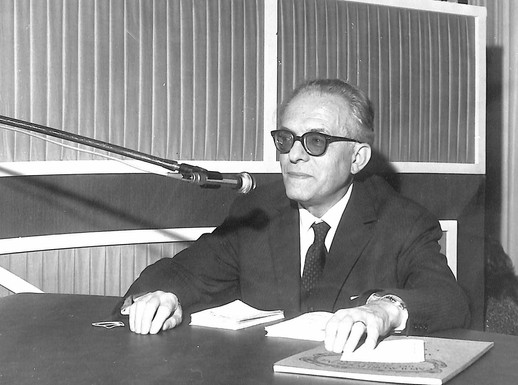1972 conferenza alla RAI di Firenze.jpg