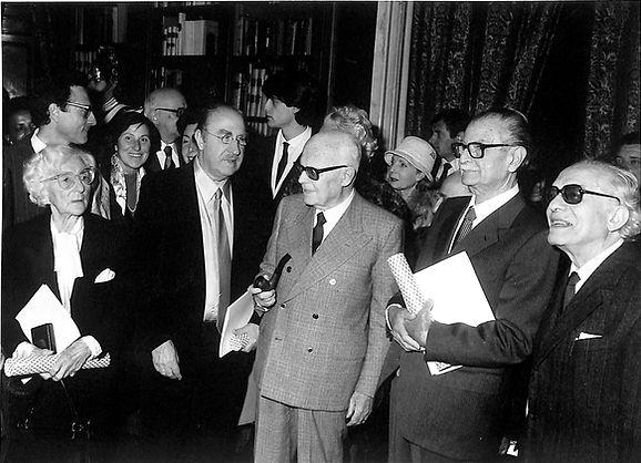 1983, Premio Feltrinelli con il Presidente della Repubblica Sandro Pertini.jpg