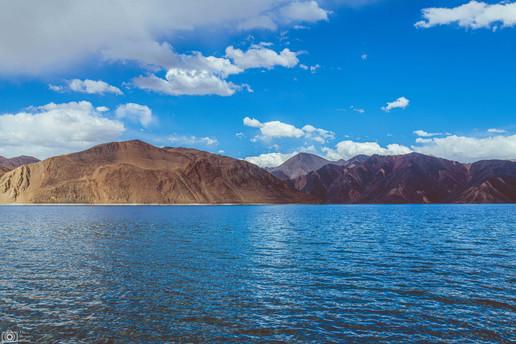 Pangong Tso Lake Ladak.jpg