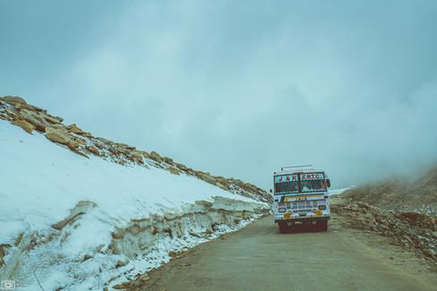 Khardungla Pass Ladakh.jpg