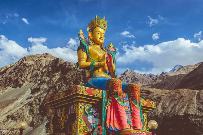 Diskit Gompa Monastery Ladakh.jpg