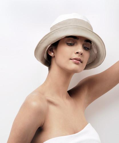 5. Kétszínű nyári kalap
