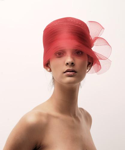 """2. Piros """"klós"""" alkalmi kalap"""