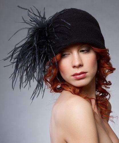 12. Strucctollal díszített varrott téli kalap