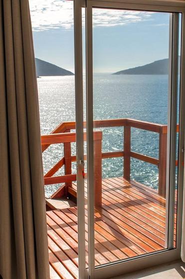 balkon_tür_ausgang_edited.jpg