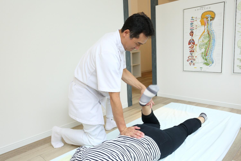 骨盤・股関節の弛め