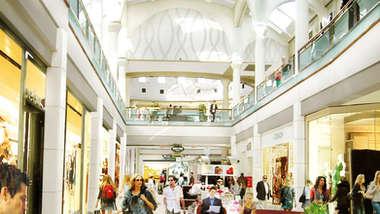 Menlo Park Mall Concourse
