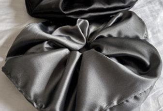 Kit 2 Scrunchies XXL - por Tamara Heredia