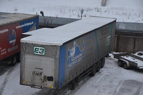 Тент крыши на грузовой полуприцеп