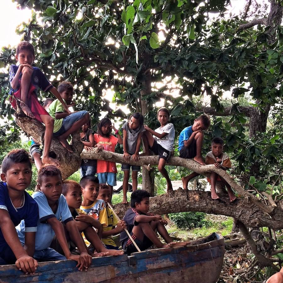 sumba children