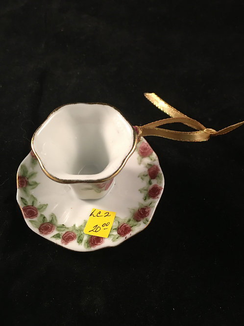LC2  TEACUP AND SAUCER ORNAMENT