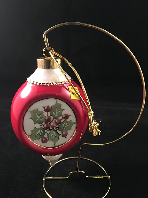 2SP  - HOLLY ORNAMENT WITH RED