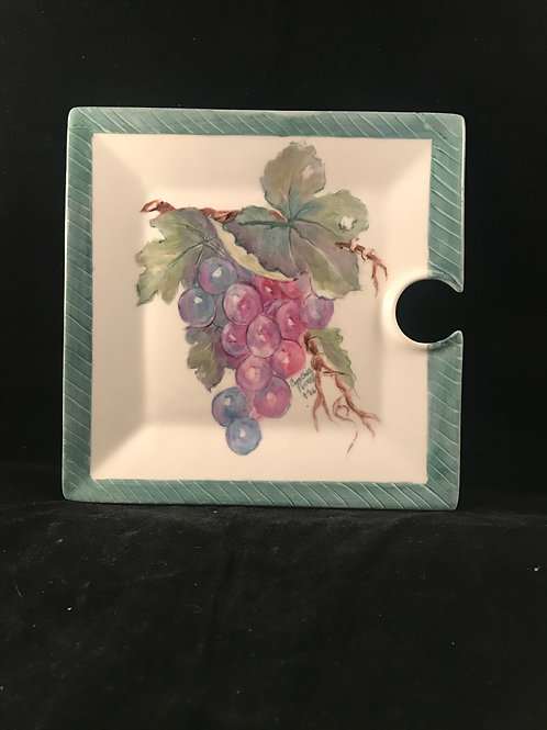 CP5 GRAPE WINE PLATE