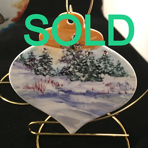 20PW SNOWSCENE ORNAMENT WITH CRYSTALS