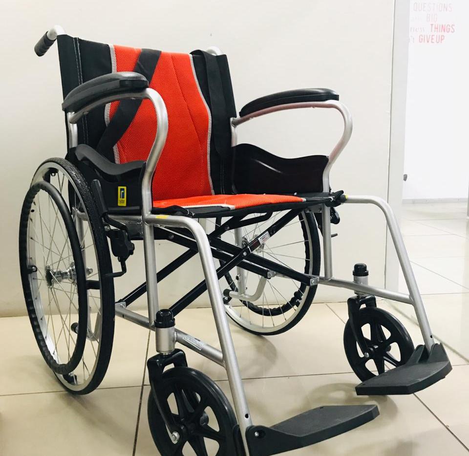 Luxury Manual Wheel Chair