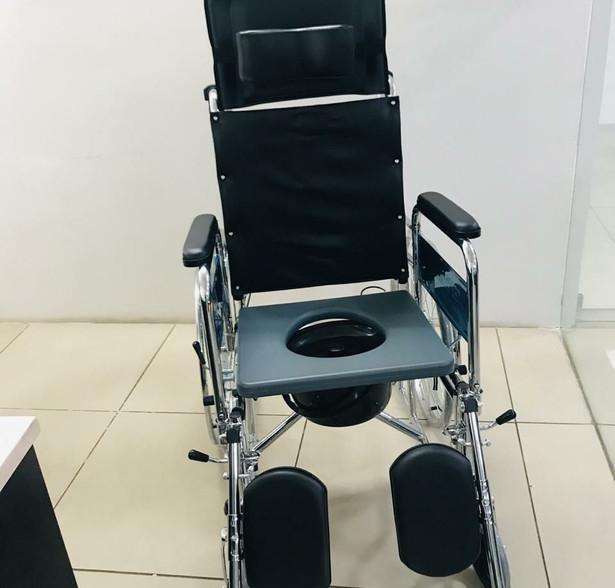 manual reclining wheelchair