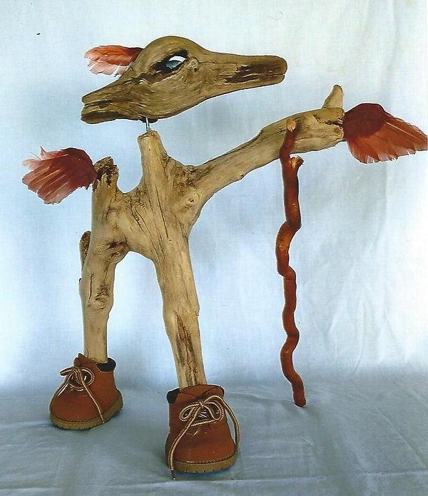 boot-footed hiker bird sculpture_edited.