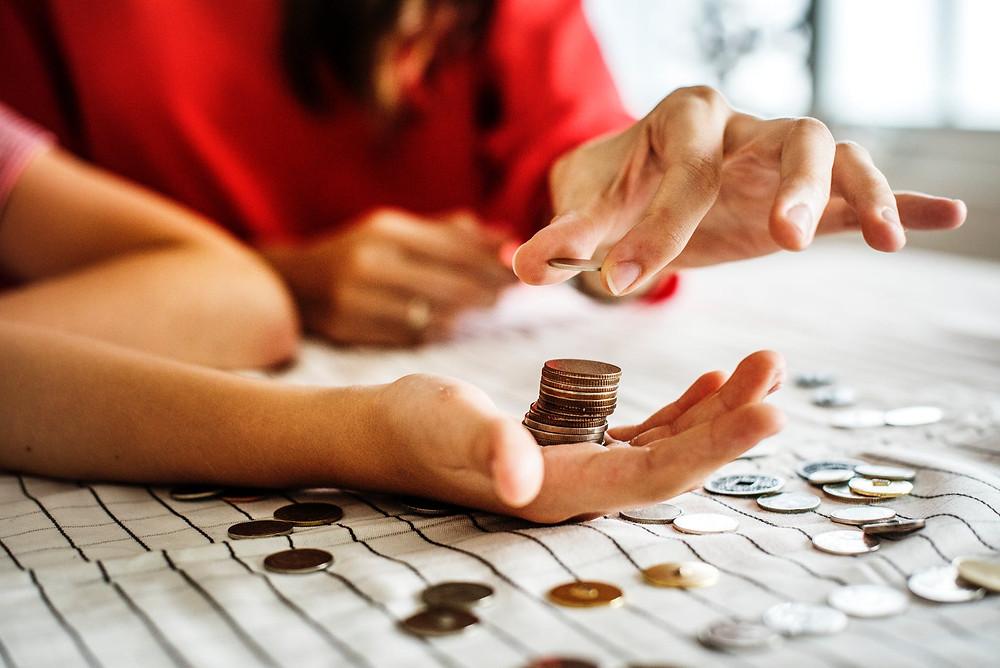 pinching coins