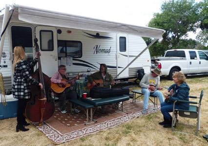 Parkfield_Bluegrass_Jamming