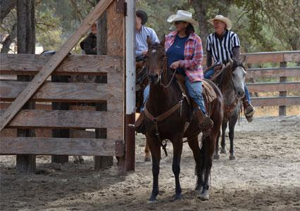 V6Ranch_Fall_Cowboy_Competing