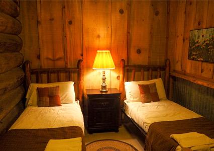 V6_Blue_Oak_-Bunkhouse_Room