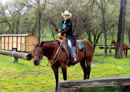 V6_Blue_Oak_Horse_Camp_Julie_2