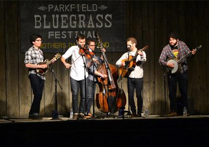 Parkfield_Bluegrass_Night_Stage