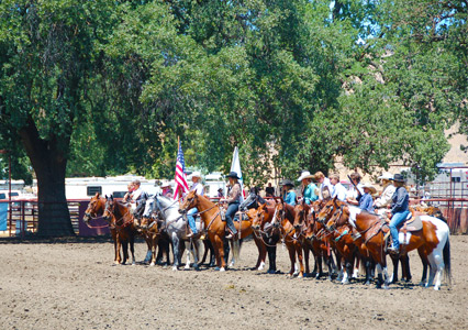 Parkfield_Rodeo_Grand_Entry