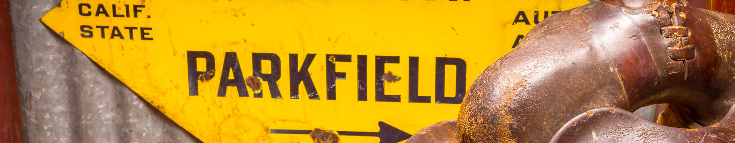 Parkfield_Cafe_Saddle_sign