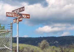 Parkfield_Street_Signs
