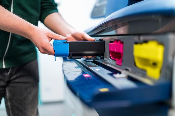 Photocopier having toner cartridges changed .jpg