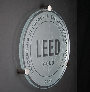 LEED Extra-Clear Glass Plaque ⌀40cm, including hardware