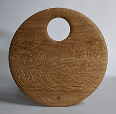 small round board in oak 1.jpg
