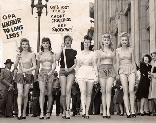 Women on strike lido 1943