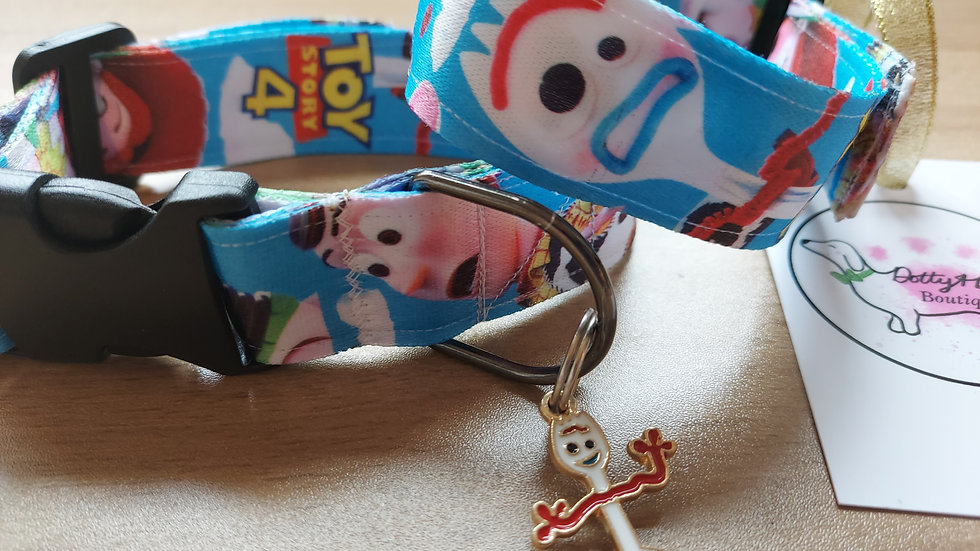 Toy story collars