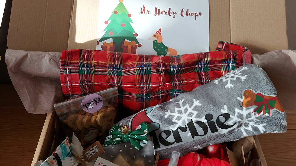 Merry Woofmas boxes