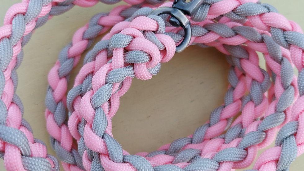 Strong woven paracord dog lead - small medium dog